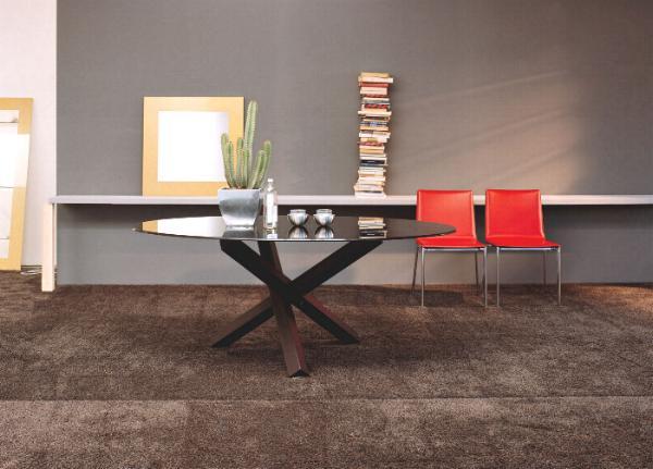 Tavoli moderni in legno vendita tavolo moderno design for Vendita tavoli in legno