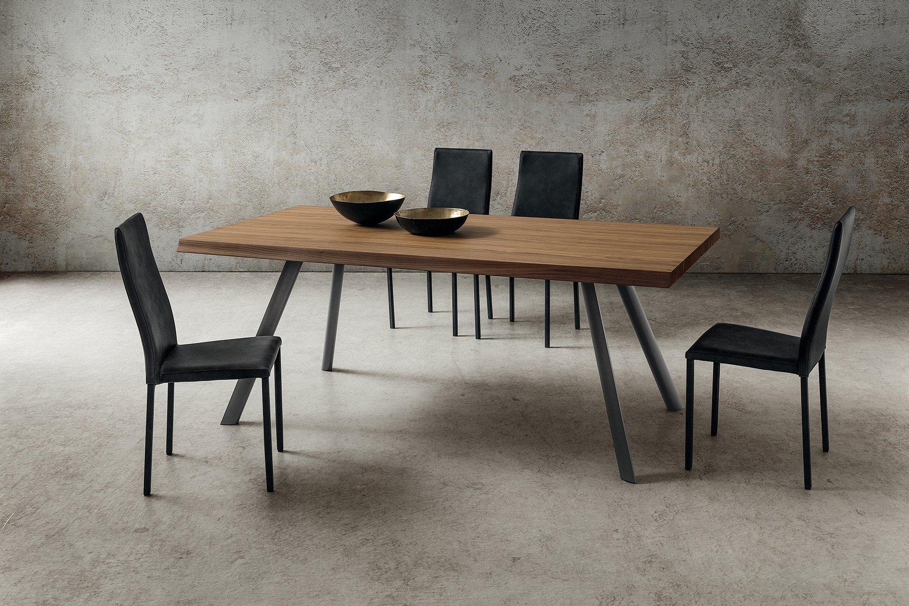 Tavoli Eleganti Sala Da Pranzo sala da pranzo tavolo nicola in legno noce scortecciato