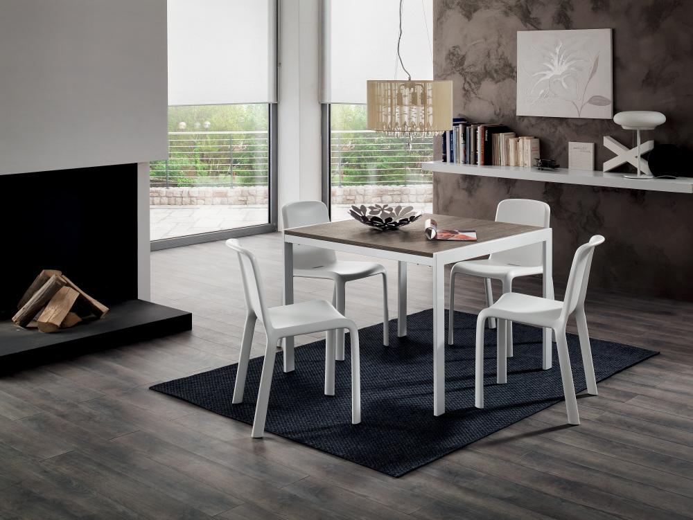 Allungabili con base metallo piani in legno allungabili for Piani di casa in metallo