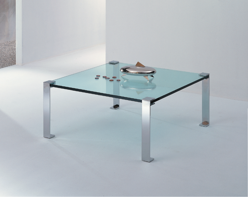 Tavolini Da Salotto Cristallo.Tavolini Da Salotto In Vetro Design Moderno Base In Metallo