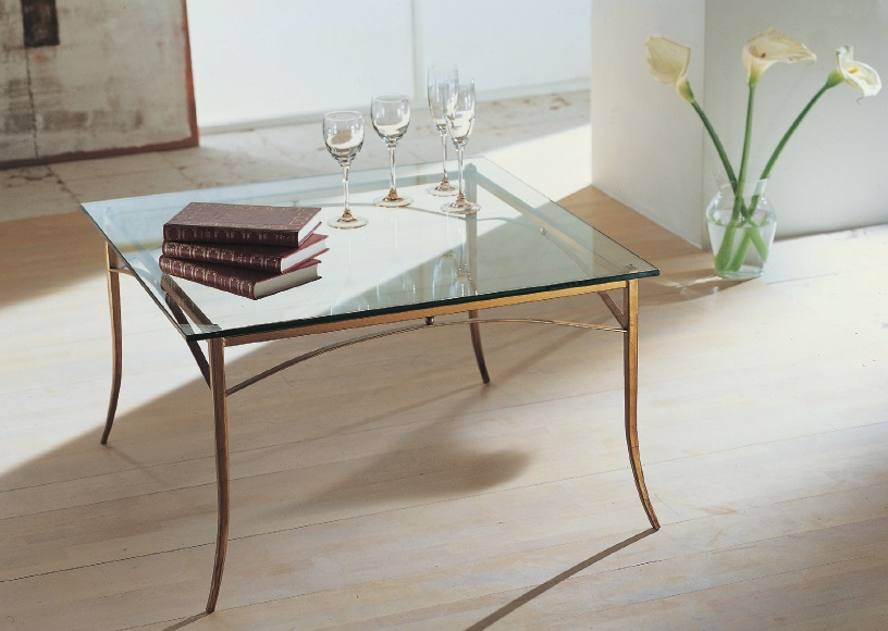 Tavoli da salotto classici in ferro battuto acciaio e vetro - Tavoli da pranzo ferro battuto e vetro ...