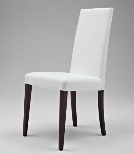 Sedia da salotto. Sedia da soggiorno. Sedia Barcellona in legno rivestita Art. SE108