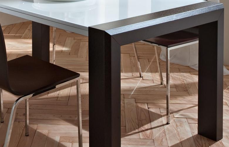 Tavolo allungabile marco for Tavoli moderni in vetro allungabili