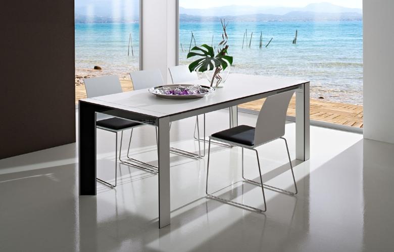 Arredamento casa arredamento per la casa tavolo for Sconti arredamento casa
